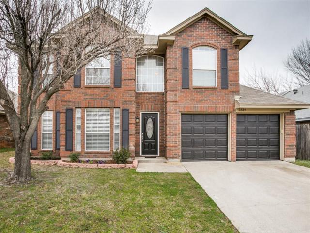 2834 Briar Hill Drive, Grand Prairie, TX 75052 (MLS #14006569) :: Century 21 Judge Fite Company