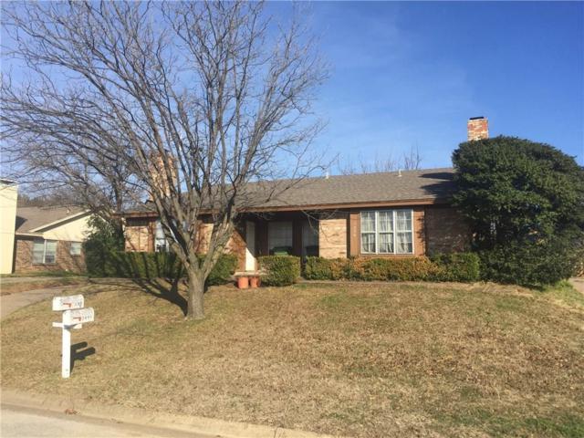 7036 Crosstimbers Lane, North Richland Hills, TX 76182 (MLS #14006590) :: The Gleva Team