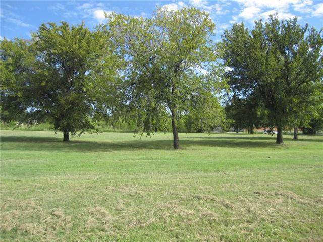 6809 Crane Road, North Richland Hills, TX 76182 (MLS #14006803) :: The Gleva Team