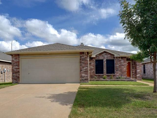 5208 Royal Burgess Drive, Fort Worth, TX 76135 (MLS #14008018) :: RE/MAX Landmark