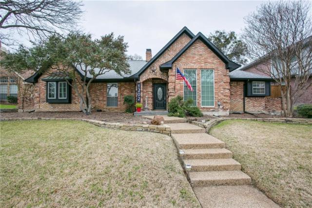 1202 Dentonshire Drive, Carrollton, TX 75007 (MLS #14008304) :: RE/MAX Town & Country