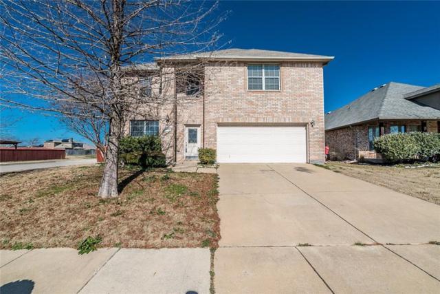 416 Bryn Mawr Lane, Van Alstyne, TX 75495 (MLS #14008368) :: RE/MAX Town & Country