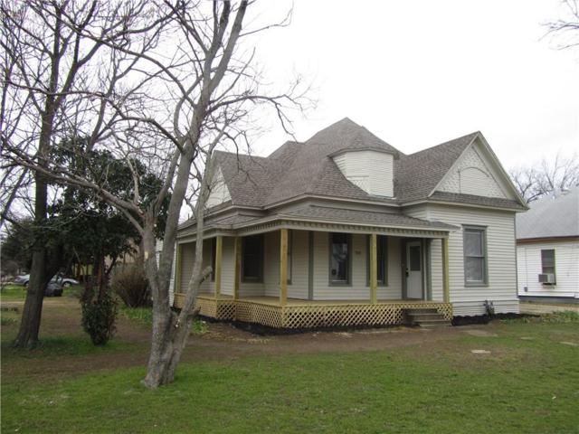 303 N Douglas Avenue, Cleburne, TX 76033 (MLS #14009113) :: RE/MAX Landmark