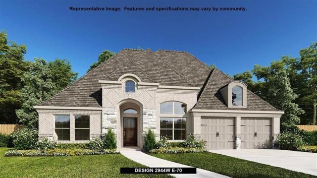 2200 Savannah Oak Road, Frisco, TX 75033 (MLS #14009383) :: Kimberly Davis & Associates