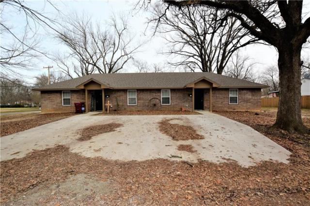 220 N Howison, Bogata, TX 75417 (MLS #14009562) :: RE/MAX Town & Country