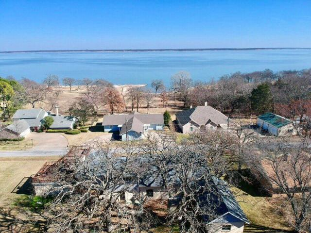 51 Hughes Drive, Pottsboro, TX 75076 (MLS #14010082) :: Kimberly Davis & Associates