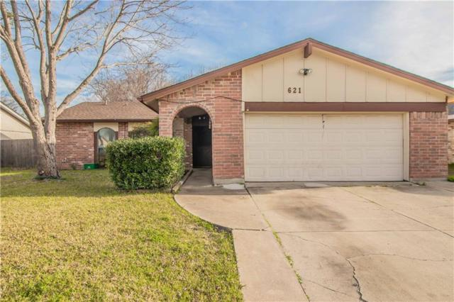 621 Brian Drive, Grand Prairie, TX 75052 (MLS #14012331) :: The Hornburg Real Estate Group