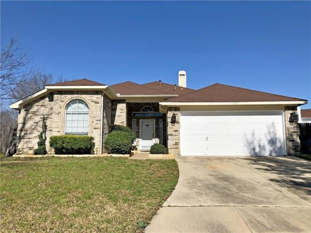 935 Wintercrest Court, Arlington, TX 76017 (MLS #14013507) :: Roberts Real Estate Group