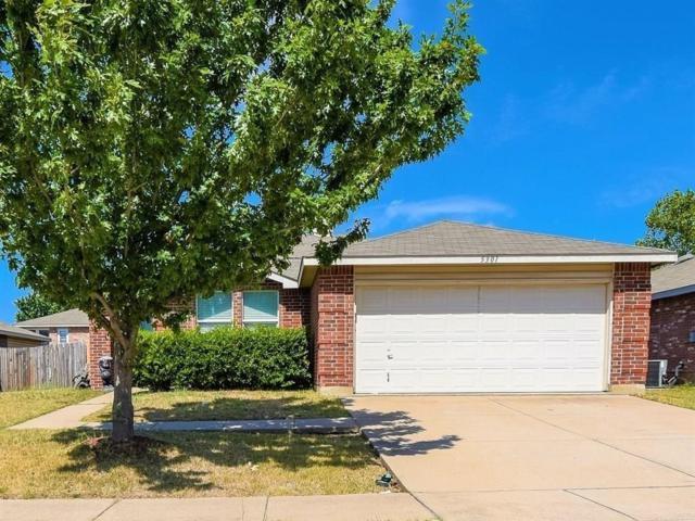 5301 Blue Quartz Road, Fort Worth, TX 76179 (MLS #14014081) :: The Hornburg Real Estate Group