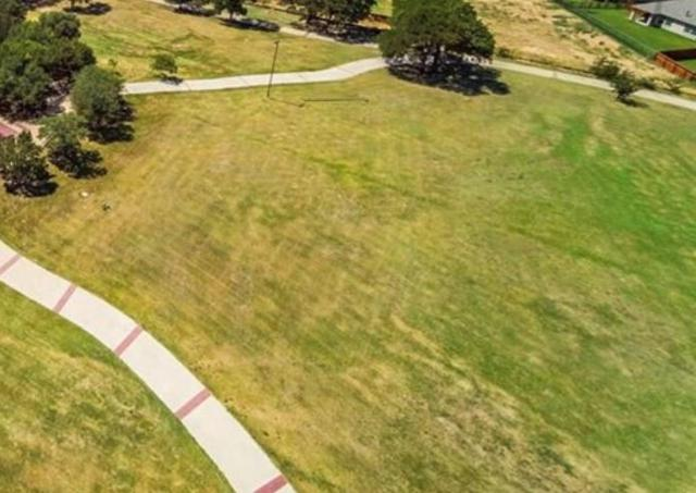 106 Quiet Hill Circle, Argyle, TX 76226 (MLS #14014103) :: RE/MAX Landmark