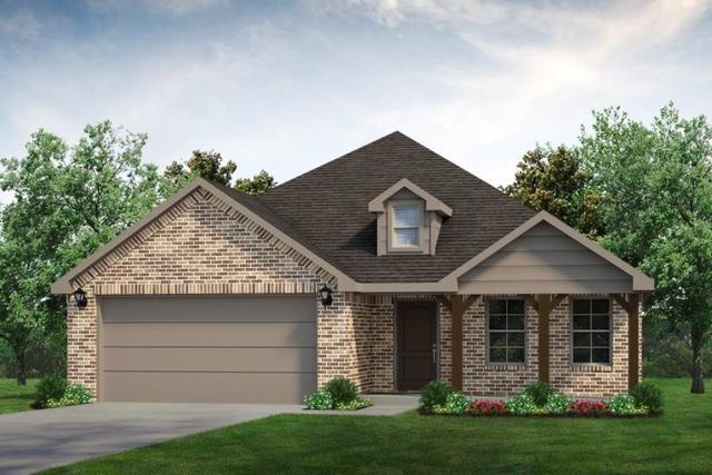 1745 Rio Costilla Road, Fort Worth, TX 76131 (MLS #14015960) :: Kimberly Davis & Associates