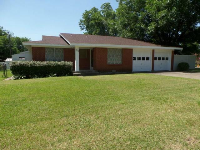 709 Lilly Street, Cleburne, TX 76033 (MLS #14017836) :: Frankie Arthur Real Estate