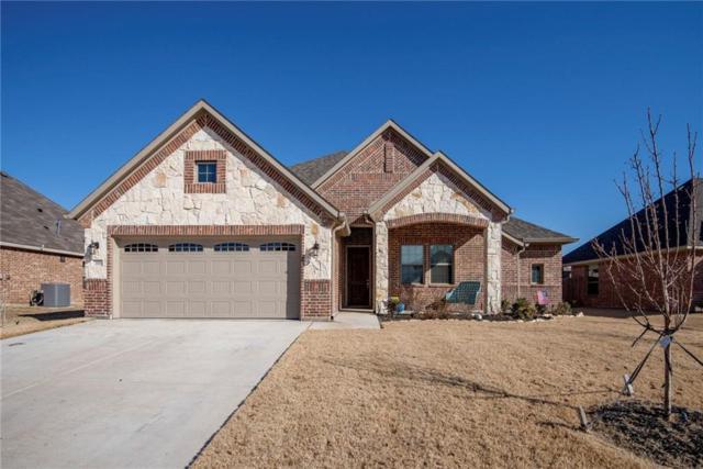 119 Traveller Street, Waxahachie, TX 75165 (MLS #14017937) :: Kimberly Davis & Associates
