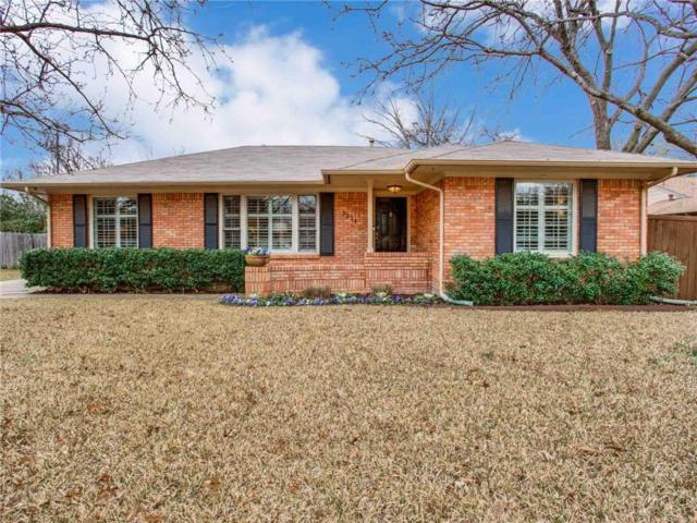 5204 Rexton Lane, Dallas, TX 75214 (MLS #14019780) :: Frankie Arthur Real Estate