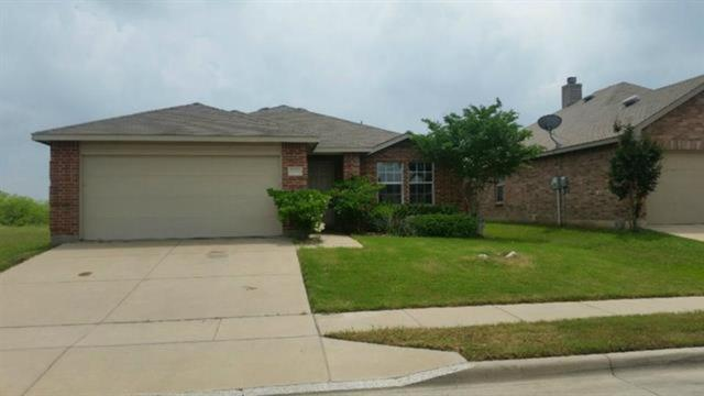 2529 Grand Gulf Road, Fort Worth, TX 76123 (MLS #14021092) :: Frankie Arthur Real Estate