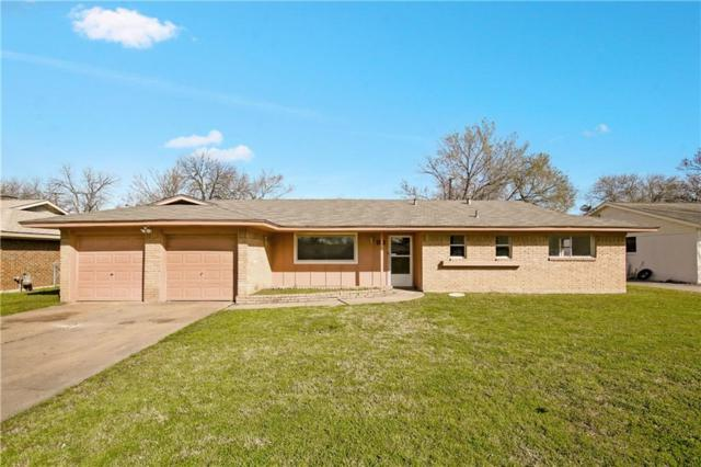 432 Crestwood Terrace, Hurst, TX 76053 (MLS #14021129) :: The Chad Smith Team