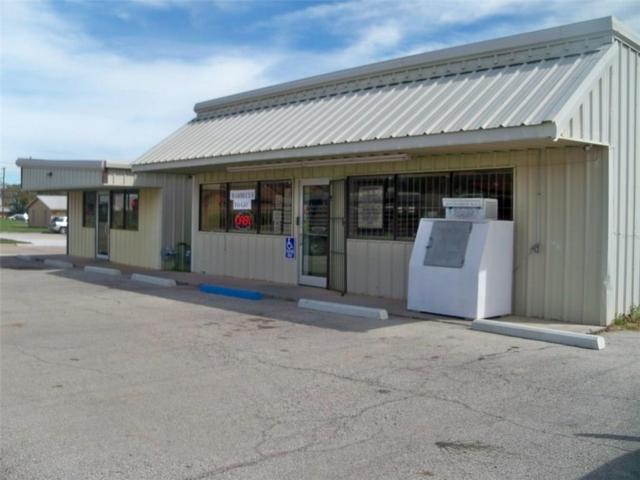1001 5th Avenue, Coleman, TX 76834 (MLS #14022068) :: Kimberly Davis & Associates