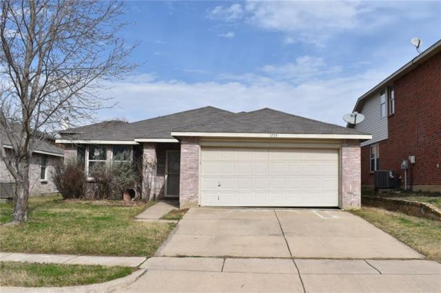 1733 Rialto Way, Fort Worth, TX 76247 (MLS #14022321) :: Real Estate By Design