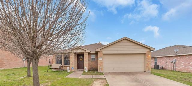 1323 Hayes Street, Cedar Hill, TX 75104 (MLS #14022459) :: Kimberly Davis & Associates