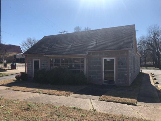1870 Clarksville Street, Paris, TX 75460 (MLS #14022918) :: RE/MAX Landmark
