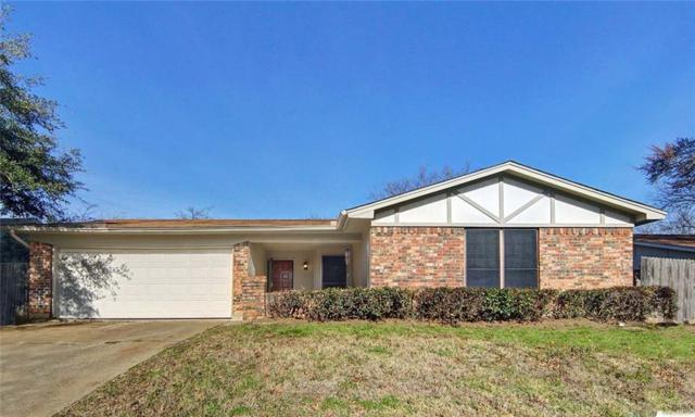 918 Willow Circle N, Burleson, TX 76028 (MLS #14024711) :: The Hornburg Real Estate Group