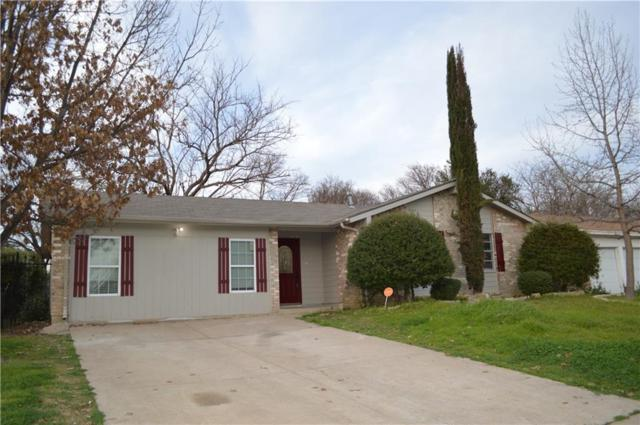 1405 Harvest Hill Lane, Arlington, TX 76014 (MLS #14024745) :: RE/MAX Town & Country