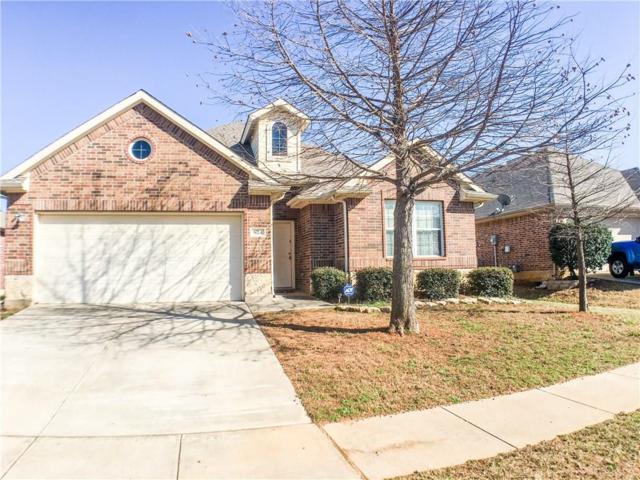 624 Grayson Lane, Lake Dallas, TX 75065 (MLS #14024757) :: Robinson Clay Team