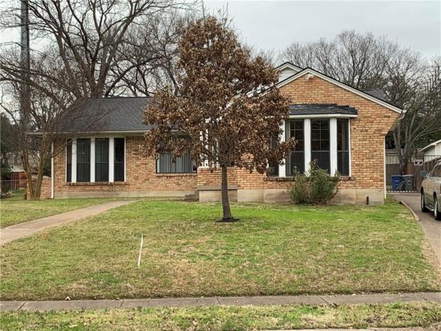 6425 Patrick Drive, Dallas, TX 75214 (MLS #14024804) :: Frankie Arthur Real Estate