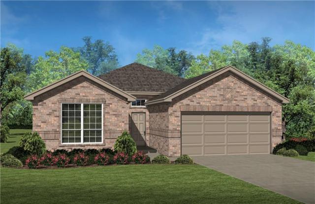 637 Redding Drive, Saginaw, TX 76131 (MLS #14024981) :: Kimberly Davis & Associates