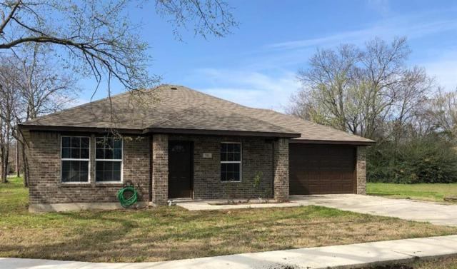 702 S Park Street, Terrell, TX 75160 (MLS #14025356) :: Kimberly Davis & Associates