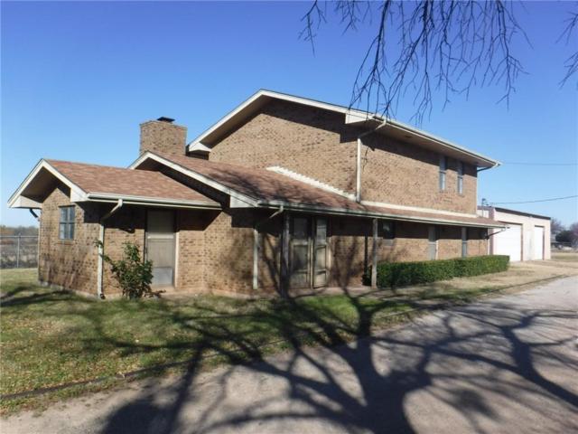 507 W Pecan, Archer City, TX 76351 (MLS #14026584) :: Kimberly Davis & Associates