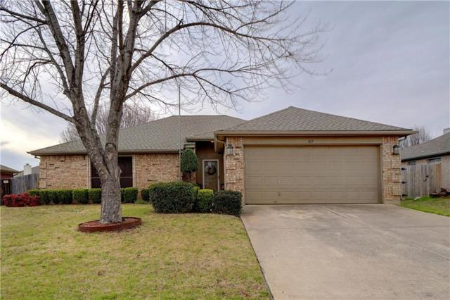 817 Amber Drive, Saginaw, TX 76179 (MLS #14026588) :: Robbins Real Estate Group