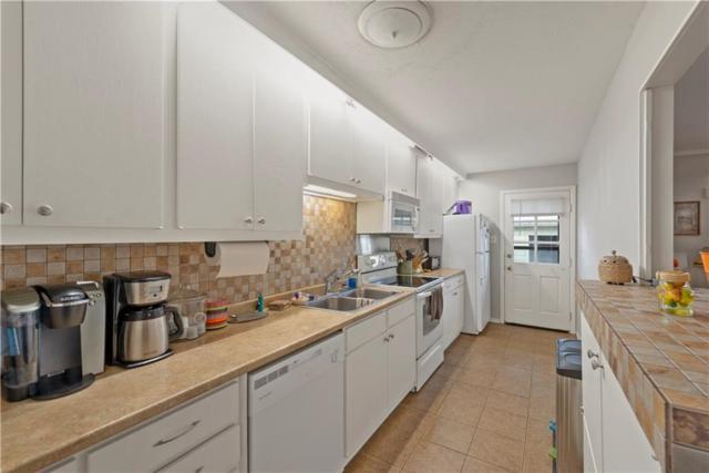 6551 Saint Moritz Avenue, Dallas, TX 75214 (MLS #14027489) :: Van Poole Properties Group