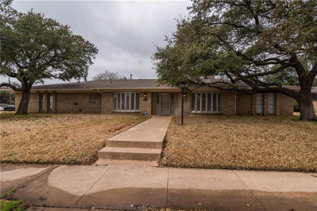 1649 Crescent Drive, Sherman, TX 75092 (MLS #14029321) :: RE/MAX Town & Country
