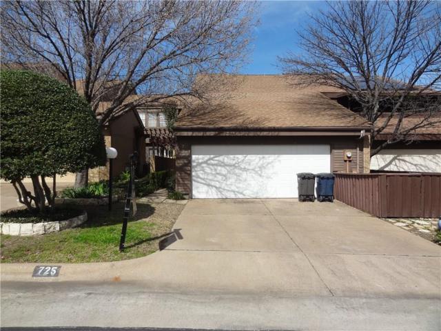 725 Oakwood Trail, Fort Worth, TX 76112 (MLS #14030215) :: The Hornburg Real Estate Group