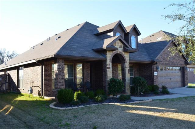 6914 Muirfield Drive, Arlington, TX 76001 (MLS #14032438) :: RE/MAX Town & Country