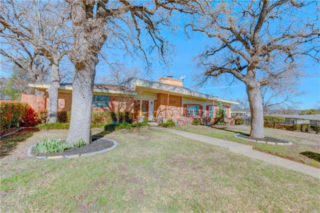 1812 Flemming Drive, Fort Worth, TX 76112 (MLS #14034177) :: RE/MAX Town & Country