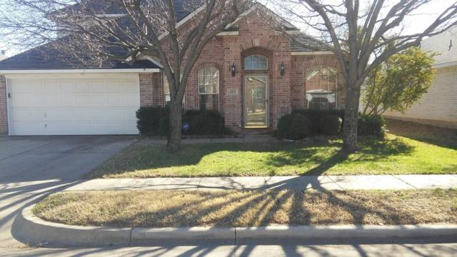 4302 Foxborough Trail, Arlington, TX 76001 (MLS #14034868) :: RE/MAX Town & Country