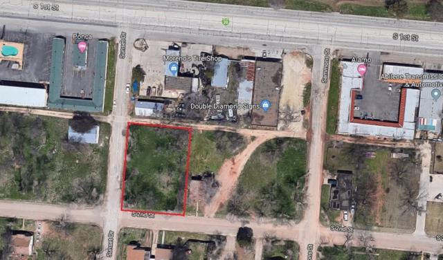 3034 S 2nd Street, Abilene, TX 79605 (MLS #14035774) :: The Heyl Group at Keller Williams
