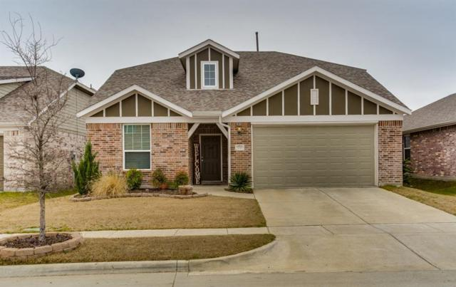 1716 Meadow Trail Lane, Aubrey, TX 76227 (MLS #14036209) :: The Good Home Team