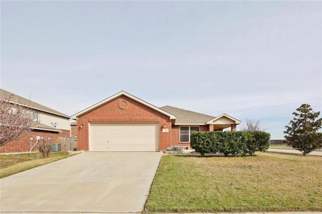 728 Falcon Road, Saginaw, TX 76131 (MLS #14037986) :: Century 21 Judge Fite Company