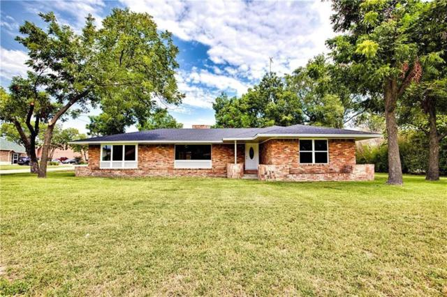 1305 E California Street, Gainesville, TX 76240 (MLS #14039046) :: RE/MAX Town & Country