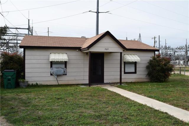 709 S Santa Fe Avenue, Santa Anna, TX 76878 (MLS #14039087) :: Team Hodnett