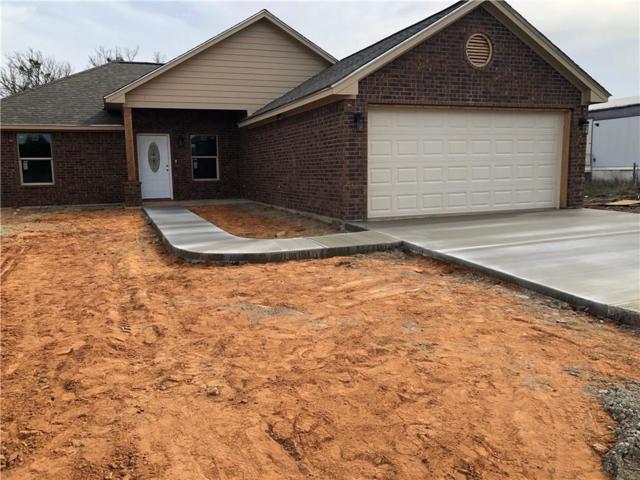 2816 Steepleridge Circle, Granbury, TX 76048 (MLS #14039973) :: Robinson Clay Team