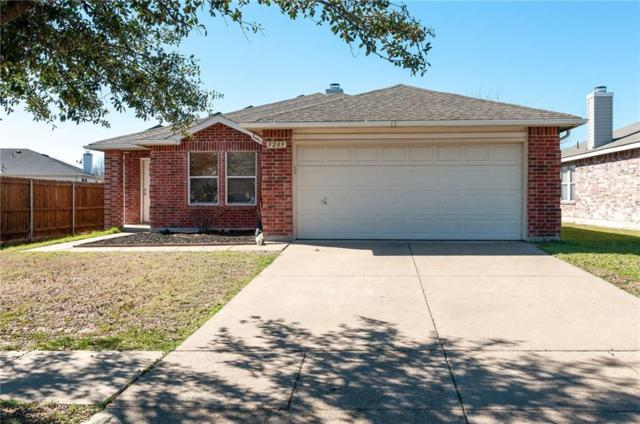 5209 Newcastle Lane, Fort Worth, TX 76135 (MLS #14040696) :: Century 21 Judge Fite Company
