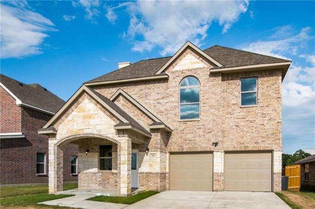 111 Brooks Drive, Terrell, TX 75160 (MLS #14040938) :: RE/MAX Town & Country