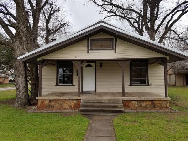 217 E Valley, Eastland, TX 76448 (MLS #14042100) :: Robinson Clay Team