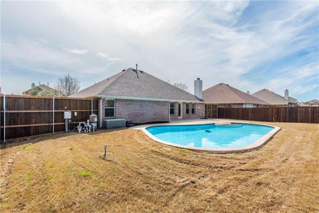 812 Fair Oaks Drive, Grand Prairie, TX 75052 (MLS #14042127) :: Century 21 Judge Fite Company