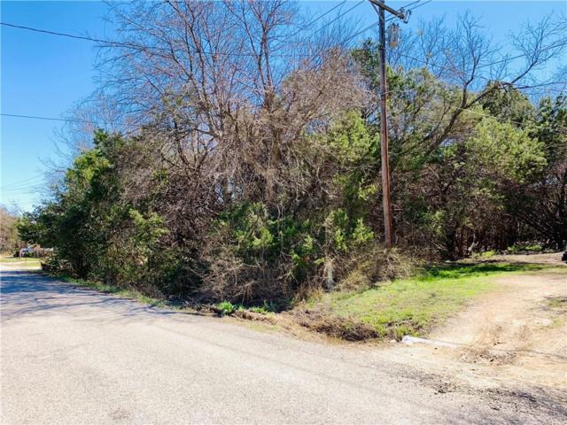 907 Pawnee Trail, Granbury, TX 76048 (MLS #14042679) :: Potts Realty Group