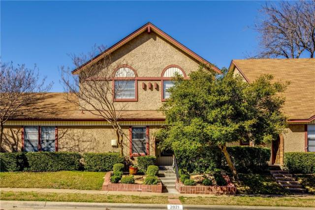 2021 Clubview Drive, Carrollton, TX 75006 (MLS #14043449) :: RE/MAX Town & Country